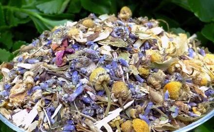Organic herbs in your bath